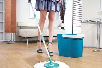 Καθαρισμός δαπέδου